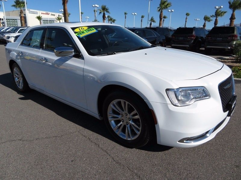 2016 Chrysler 300 4dr Sedan 300C RWD - 16862620 - 2