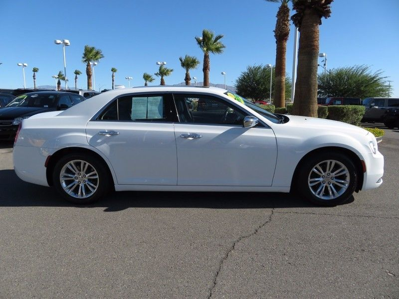 2016 Chrysler 300 4dr Sedan 300C RWD - 16862620 - 3