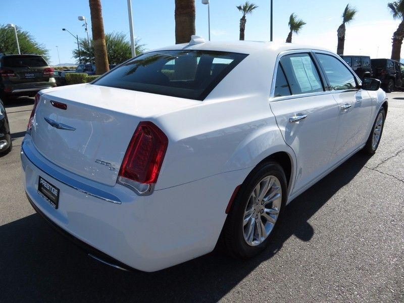 2016 Chrysler 300 4dr Sedan 300C RWD - 16862620 - 4