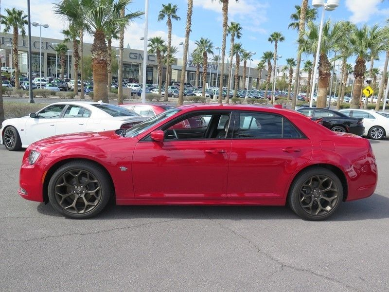 2016 Chrysler 300 S - 17263192 - 3