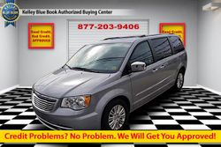 2016 Chrysler Town & Country - 2C4RC1JG3GR104353