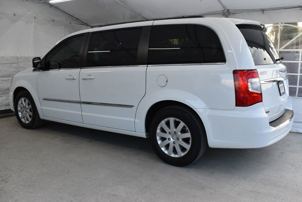 2016 Chrysler Town & Country 4dr Wagon Touring - 18663343 - 3