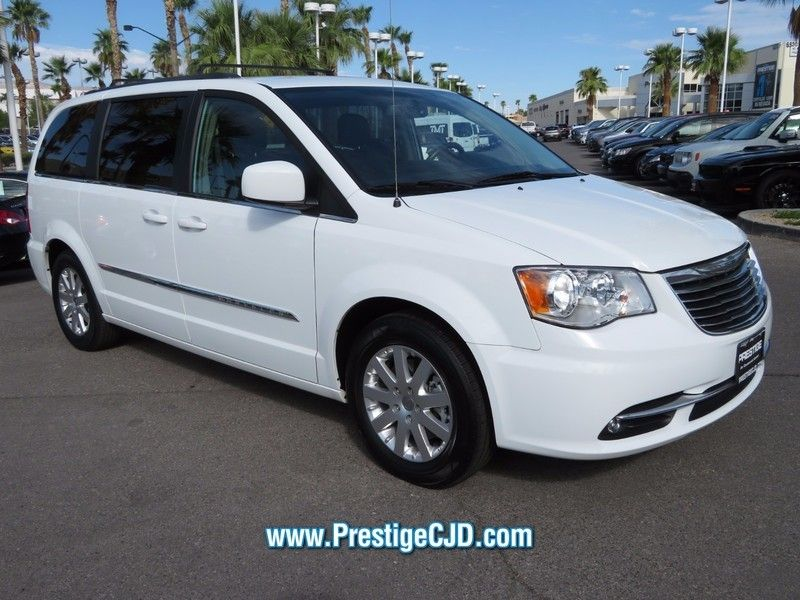 2016 Chrysler Town & Country 4dr Wagon Touring - 16764209 - 2