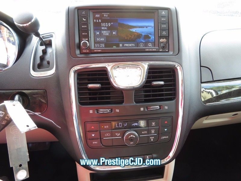 2016 Chrysler Town & Country 4dr Wagon Touring - 16772226 - 24