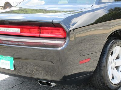 2016 Dodge Challenger 2dr Coupe SXT - Click to see full-size photo viewer