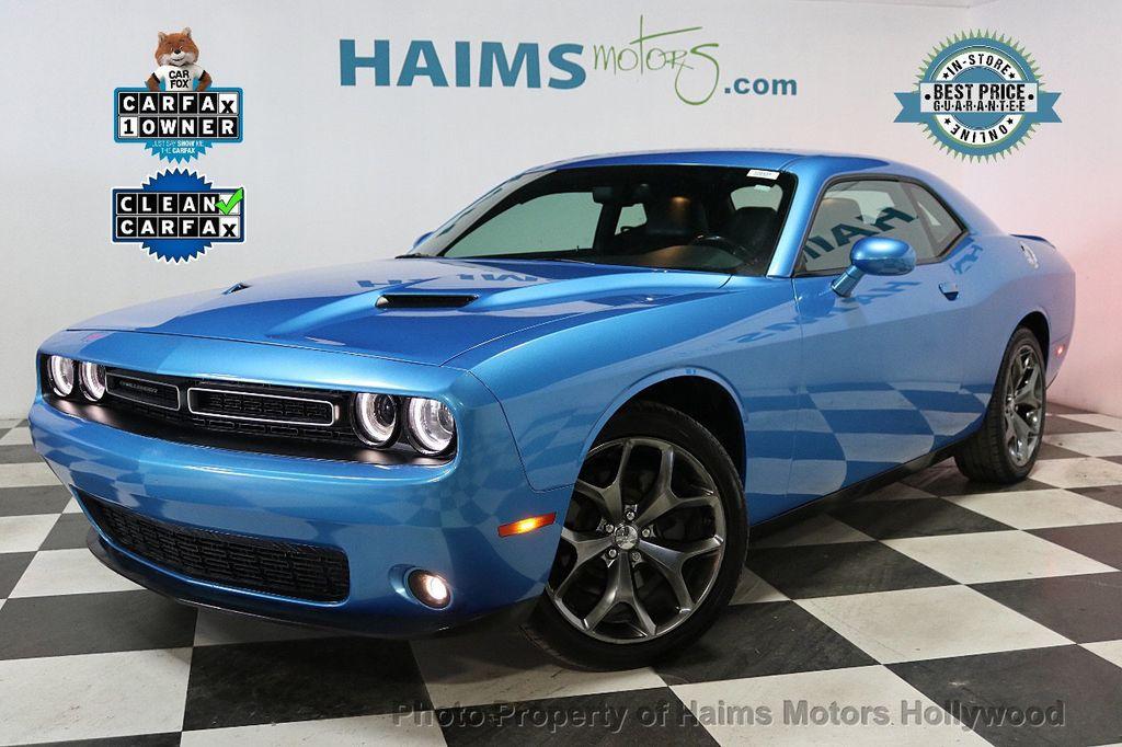 2016 Dodge Challenger Plus - 18538527 - 0