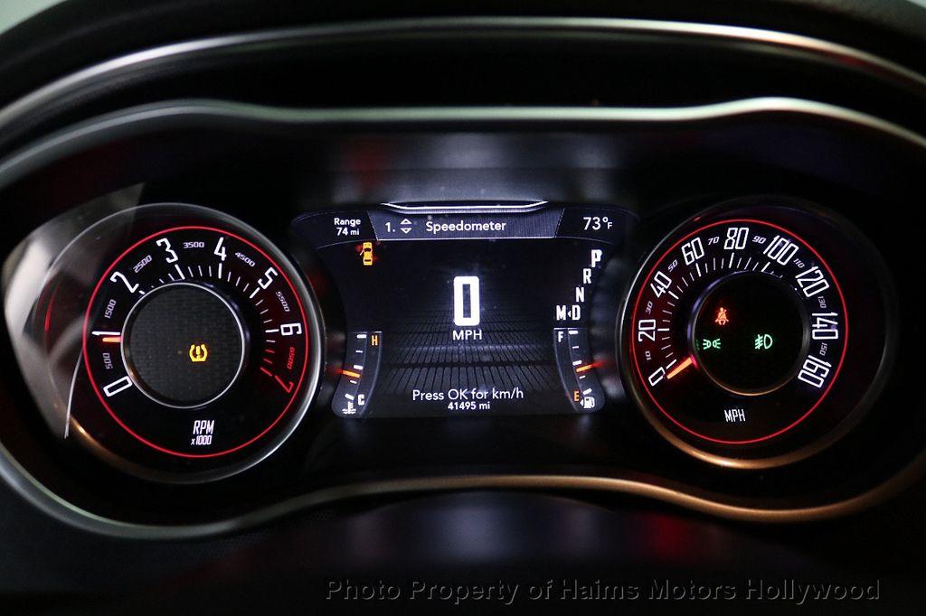 2016 Dodge Challenger Plus - 18538527 - 24