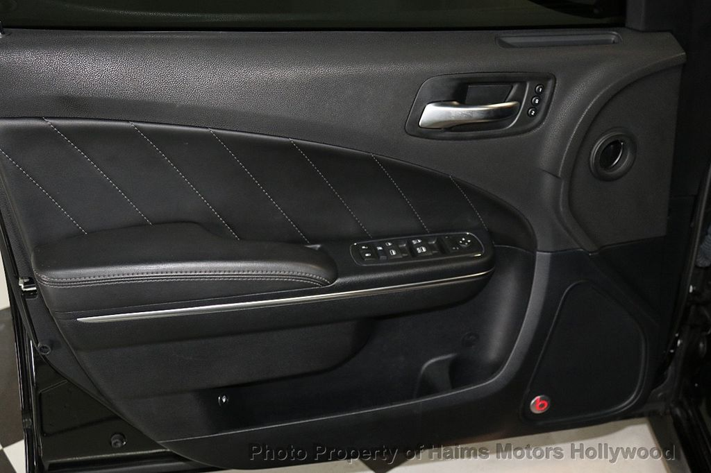 2016 Dodge Charger 4dr Sedan R/T Scat Pack RWD - 17638851 - 11