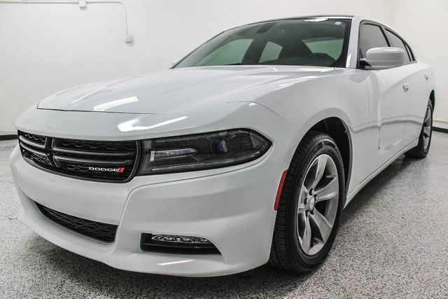 2016 used dodge charger 4dr sedan sxt awd at dip 39 s luxury. Black Bedroom Furniture Sets. Home Design Ideas