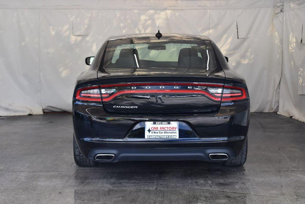 2016 Dodge Charger 4dr Sedan SXT RWD - 18250871 - 7