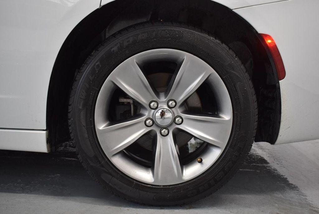 2016 Dodge Charger 4dr Sedan SXT RWD - 18359541 - 10
