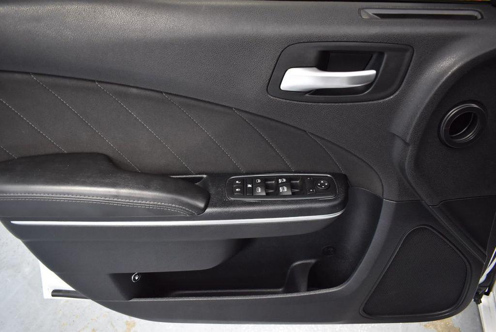 2016 Dodge Charger 4dr Sedan SXT RWD - 18359541 - 15