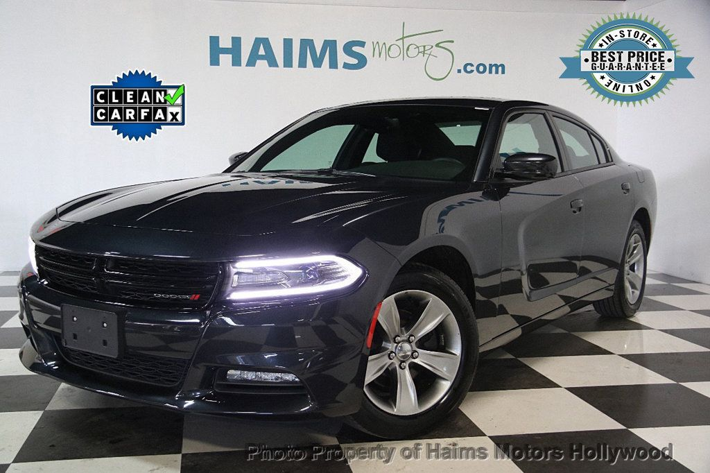 2016 Dodge Charger 4dr Sedan SXT RWD - 17316613 - 0