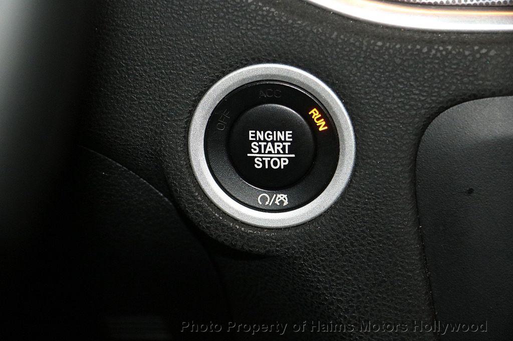 2016 Dodge Charger 4dr Sedan SXT RWD - 17316613 - 20