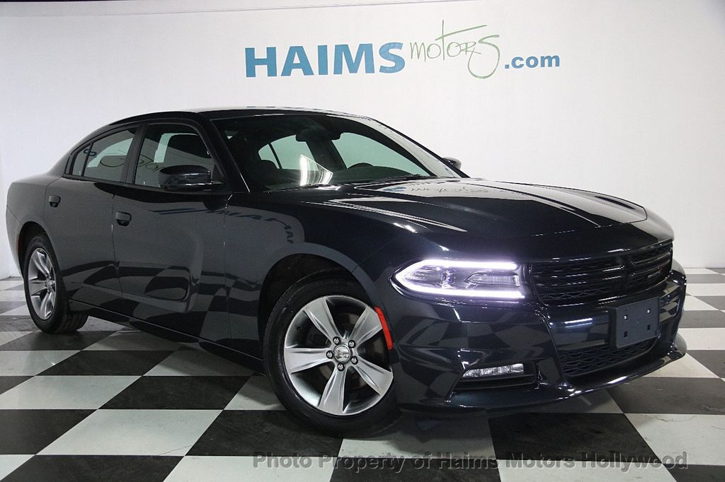 2016 Dodge Charger 4dr Sedan SXT RWD - 17316613 - 3