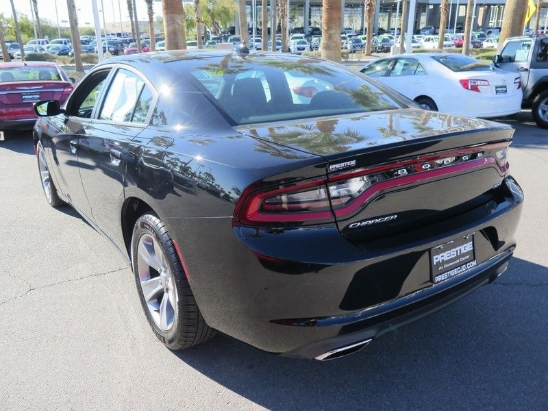 2016 Dodge Charger 4dr Sedan SXT RWD - 17183387 - 9