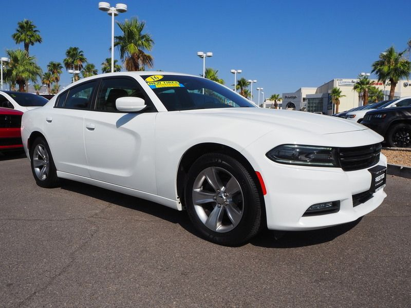 2016 Dodge Charger 4dr Sedan SXT RWD - 17765535 - 2
