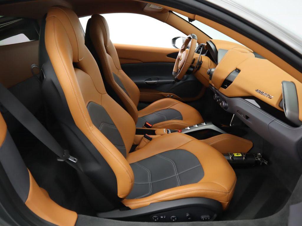 2016 Ferrari 488 GTB 2dr Coupe - 17842617 - 19