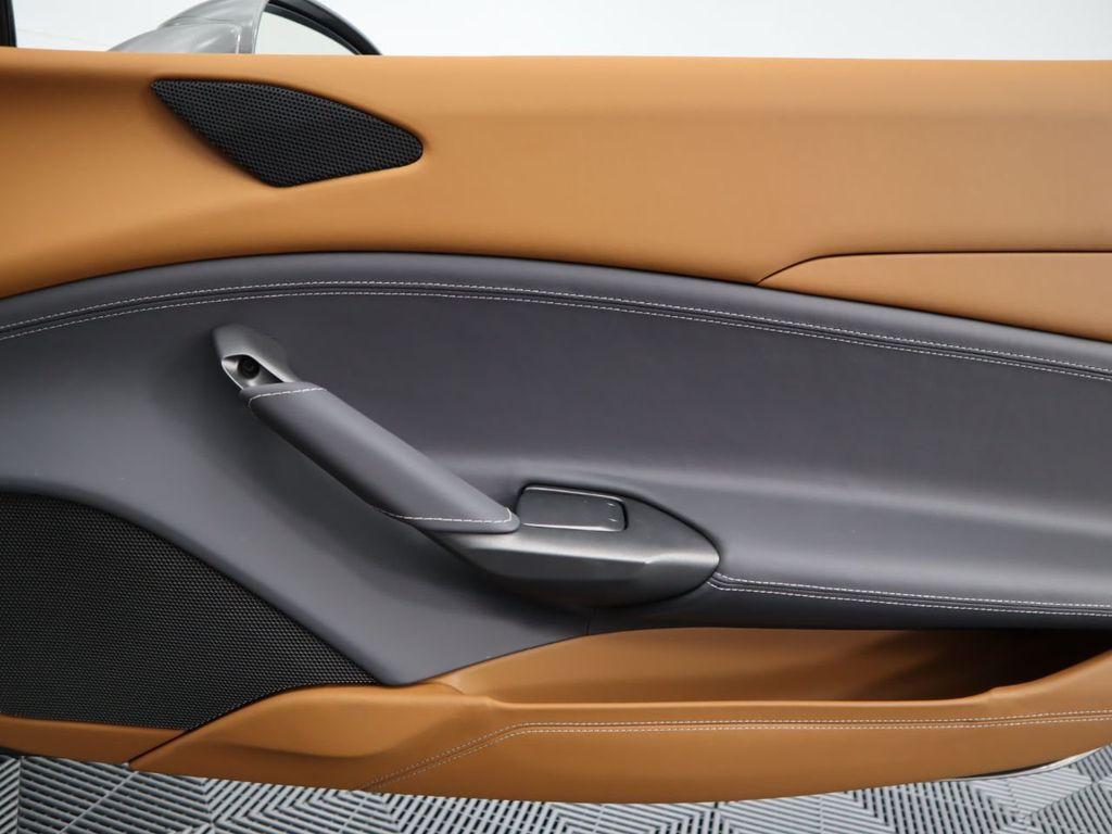 2016 Ferrari 488 GTB 2dr Coupe - 17842617 - 22