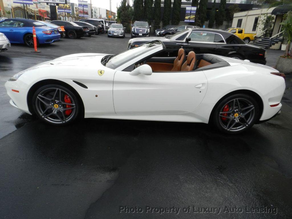 2016 Ferrari California 2dr Convertible - 18350536 - 3