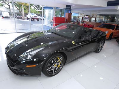 2016 Ferrari California T Convertible - Click to see full-size photo viewer