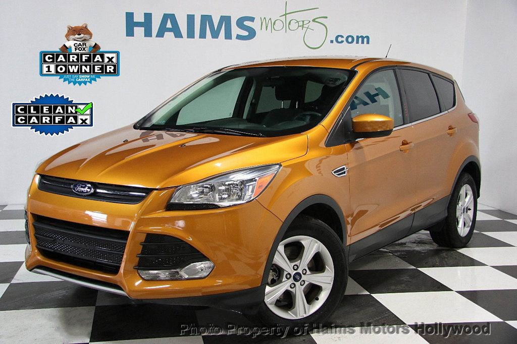 2016 Ford Escape 4WD 4dr SE - 16489832 - 0