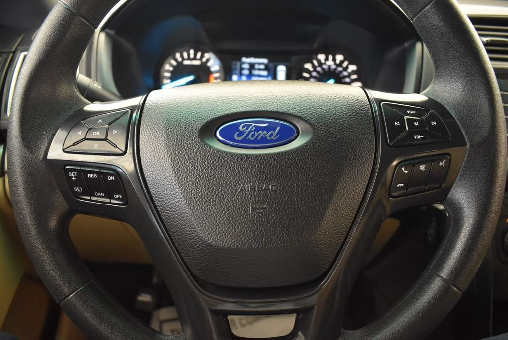 2016 Ford Explorer FWD 4dr - 18122109 - 19