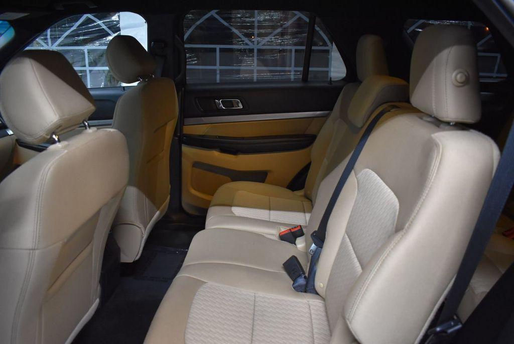 2016 Ford Explorer FWD 4dr - 18359543 - 10