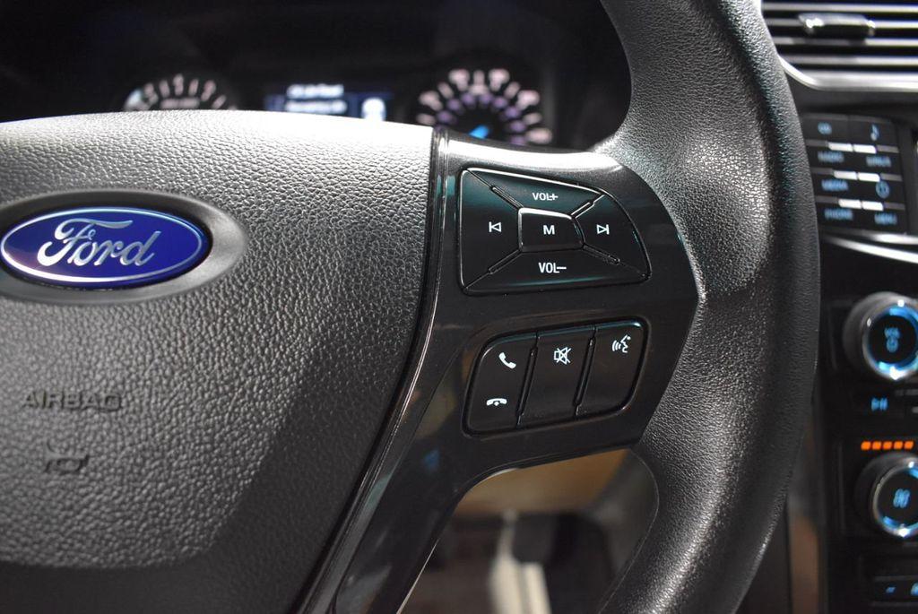 2016 Ford Explorer FWD 4dr - 18359543 - 17