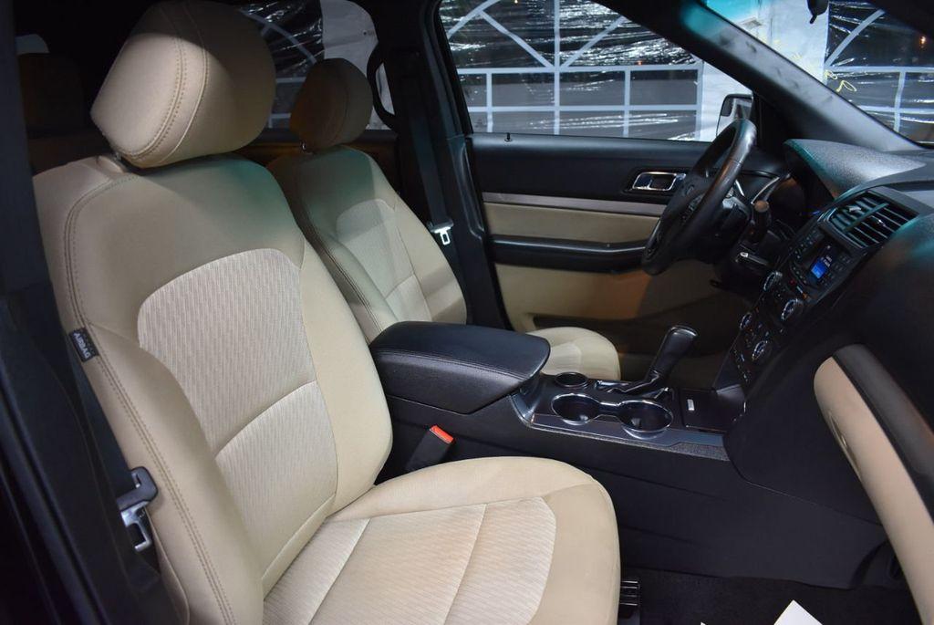 2016 Ford Explorer FWD 4dr - 18359543 - 24