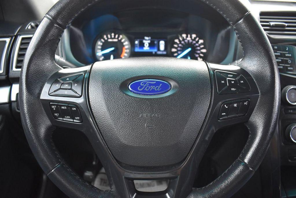 2016 Ford Explorer FWD 4dr XLT - 18497652 - 22