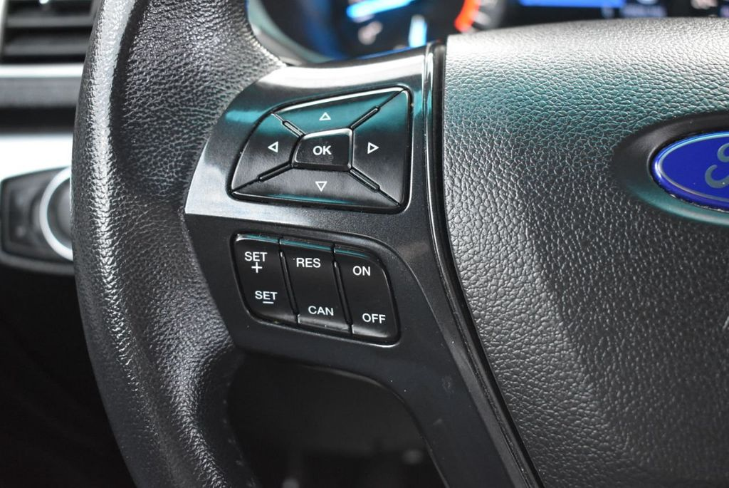 2016 Ford Explorer FWD 4dr XLT - 18497652 - 24