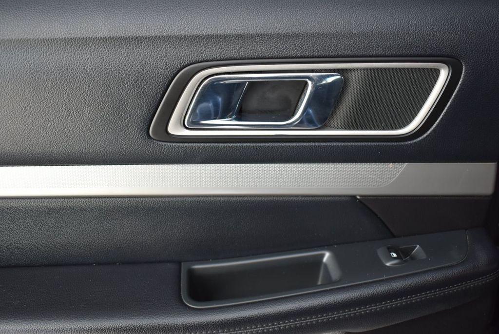 2016 Ford Explorer FWD 4dr XLT - 18637827 - 12