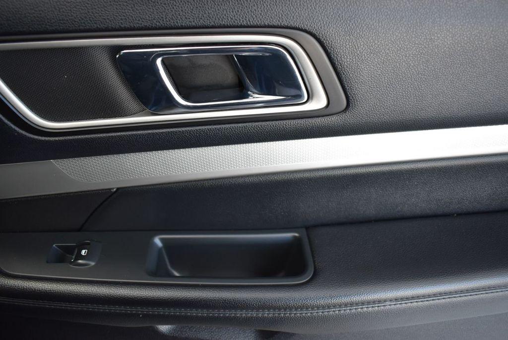2016 Ford Explorer FWD 4dr XLT - 18637827 - 19