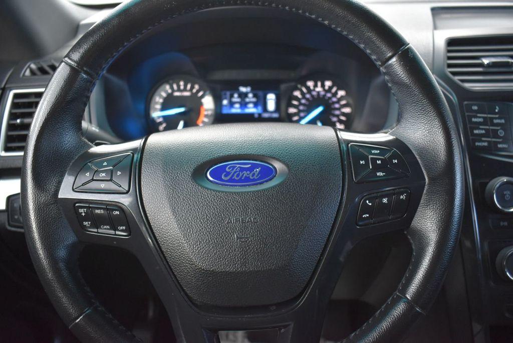 2016 Ford Explorer FWD 4dr XLT - 18637827 - 21
