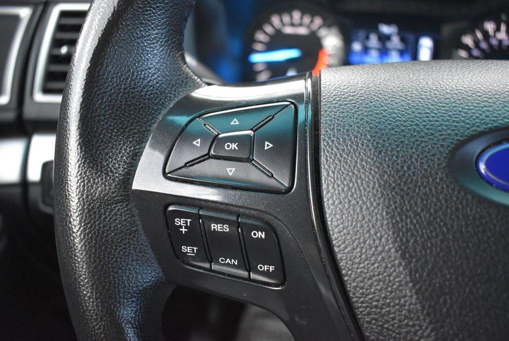 2016 Ford Explorer FWD 4dr XLT - 18637827 - 23