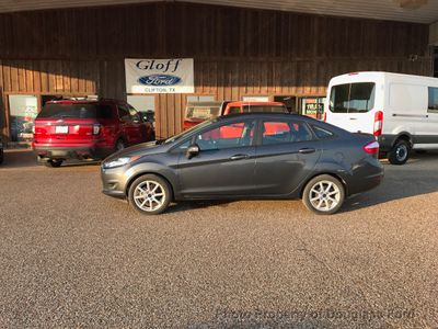 2016 Ford Fiesta 4dr Sedan SE