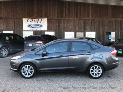 2016 Ford Fiesta 4dr Sedan SE - Click to see full-size photo viewer
