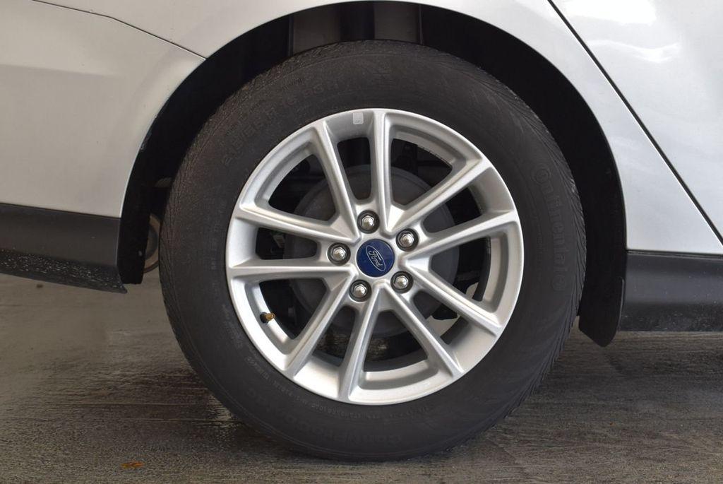 2016 Ford Focus 4dr Sedan SE - 16885733 - 9