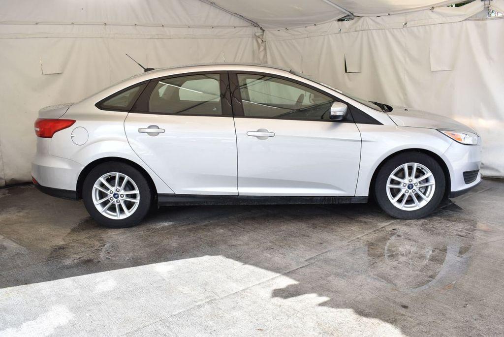 2016 Ford Focus 4dr Sedan SE - 16885733 - 2