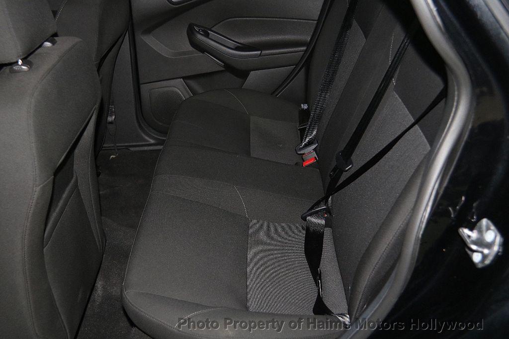 2016 Ford Focus 4dr Sedan SE - 17165133 - 16