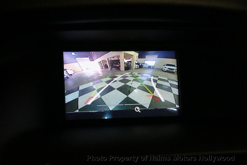 2016 Ford Focus 4dr Sedan SE - 17165133 - 28