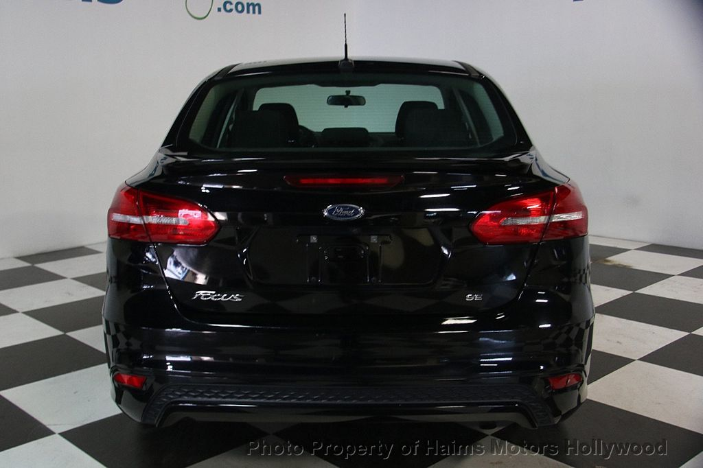 2016 Ford Focus 4dr Sedan SE - 17165133 - 5