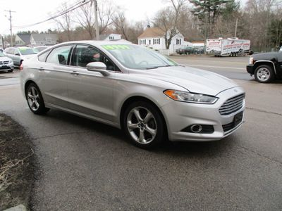 2016 Ford Fusion 2016 FORD FUSION SE CARFAX ONE OWNER - Click to see full-size photo viewer