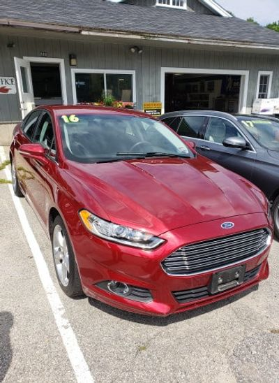 2016 Ford Fusion 4dr Sedan SE AWD