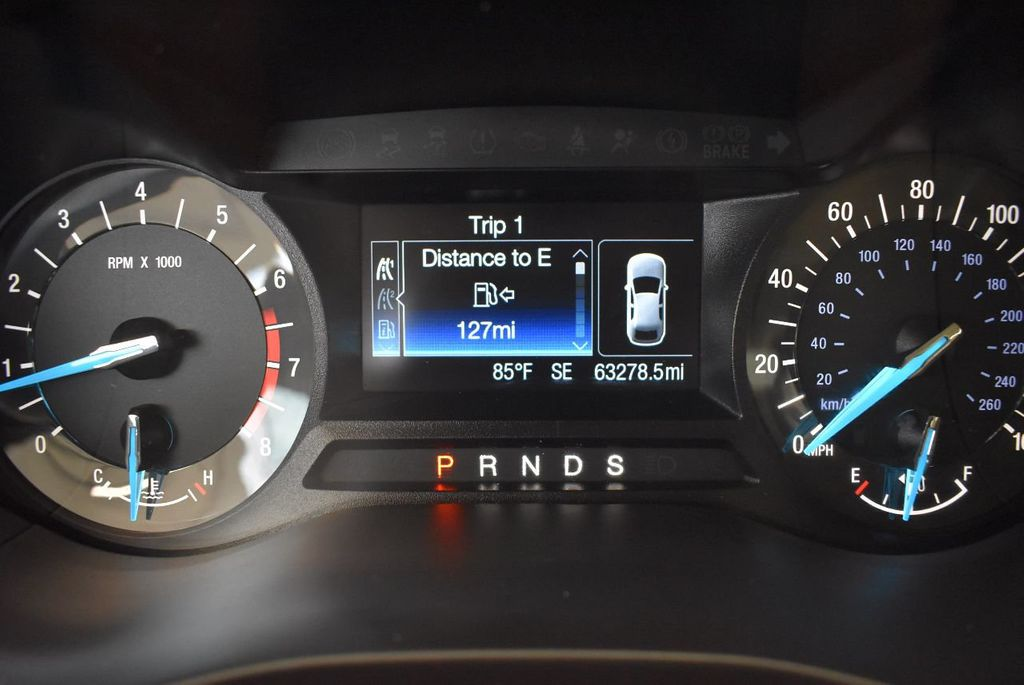 2016 Ford Fusion 4dr Sedan SE FWD - 17875139 - 16
