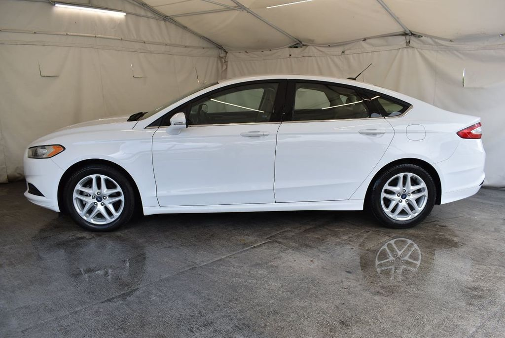 2016 Ford Fusion 4dr Sedan SE FWD - 17875139 - 4