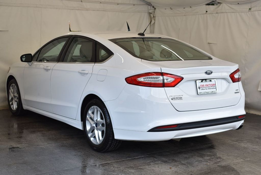 2016 Ford Fusion 4dr Sedan SE FWD - 17875139 - 5