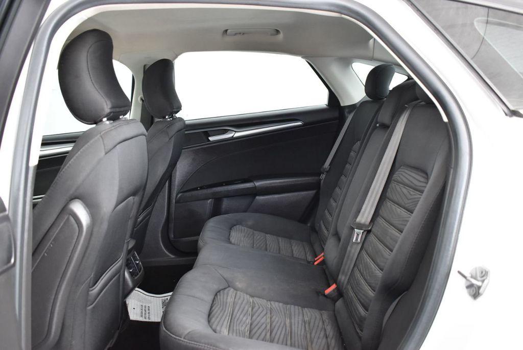 2016 Ford Fusion 4dr Sedan SE FWD - 17875144 - 10