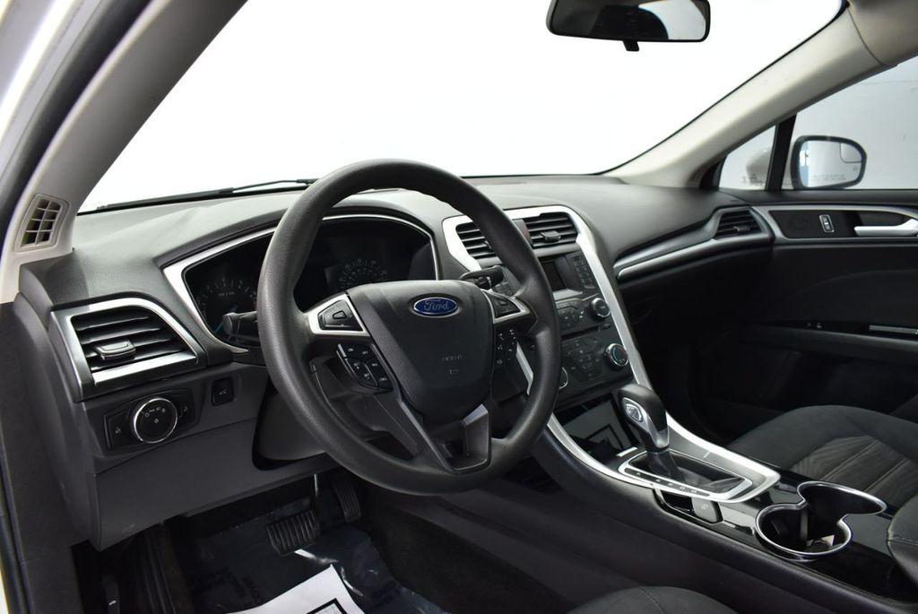 2016 Ford Fusion 4dr Sedan SE FWD - 17875144 - 14
